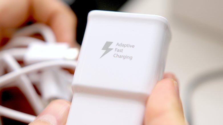 آموزش شارژ کردن سریع باتری گوشی های اندرویدی